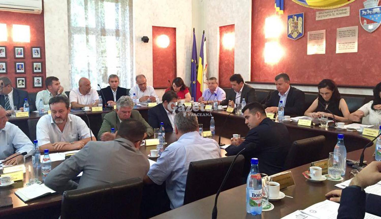 RÂMNICU VÂLCEA! Ei sunt consilierii municipali care pleacă în Spania pe  banii râmnicenilor – Gazeta Vâlceană