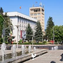 Întreaga conducere a Prefecturii Vâlcea, eliberată din funcție
