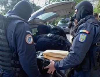 Percheziții la o firmă din Vâlcea. Acuzațiile: evaziune fiscală și înșelăciune cu consecințe deosebit de grave