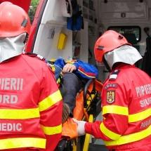 VÂLCEA: Două persoane au MURIT şi alte 28 au fost transportate la SPITAL. Vezi ce s-a întâmplat!