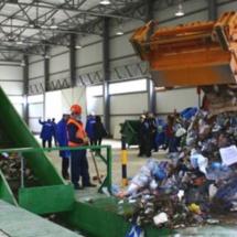 Stațiile de sortare a deșeurilor de la Brezoi și Râureni, recepționate de CJ Vâlcea