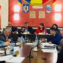VIDEO: SCANDAL în CONSILIUL LOCAL. Primarul Gutău a cerut intervenţia Poliţiei Locale