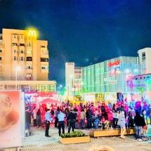"""""""eStrada Food Festival"""", organizat la Râmnicu Vâlcea. Mâncare, muzică și distracție în aer liber"""