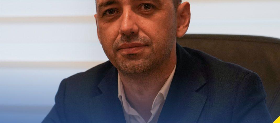 Misiune imposibilă pentru avocatul Cazan. A fost trimis de partid într-un fief roșu