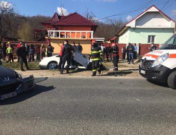 FOTO. ACCIDENT cu victime pe DN 64, la Prundeni